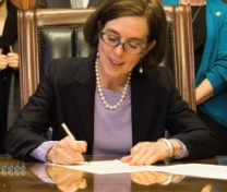 governor-kate-brown-oregon-sign